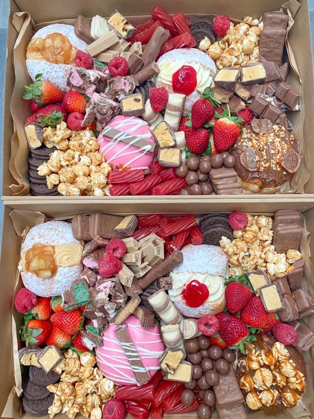 Grande Sweet Tooth Box(1)